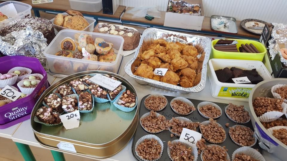 Cake Sale Feb 18 (5)