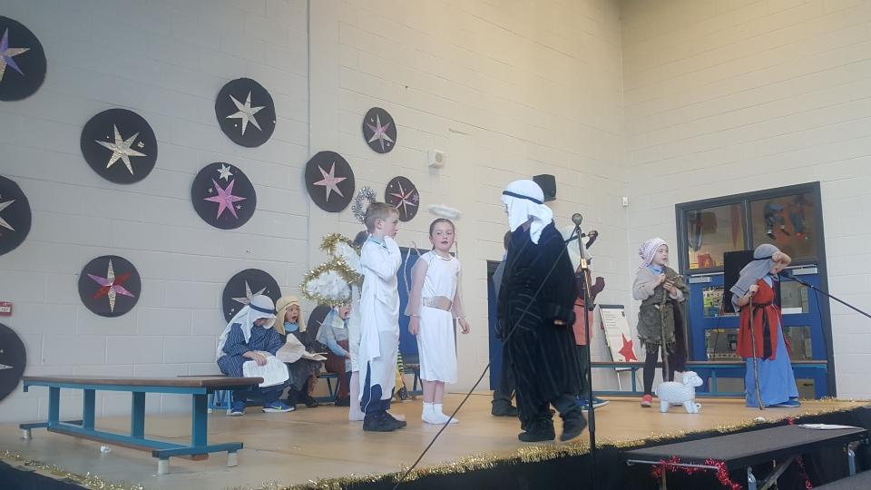 Christmas Plays 2016 (23)