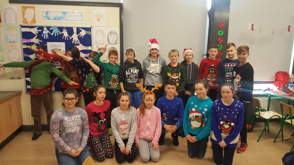 Christmas Jumpers 2016 (12)