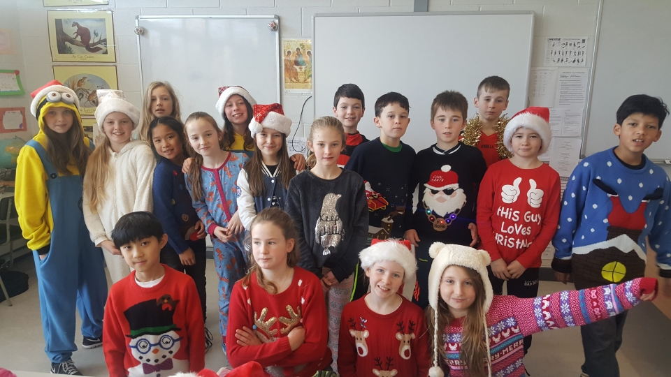 Christmas Jumpers 2016 (17)