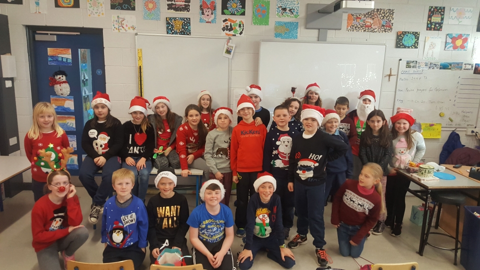 Christmas Jumpers 2016 (18)