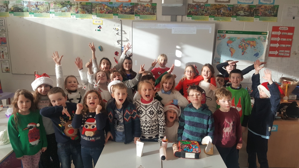 Christmas Jumpers 2016 (8)