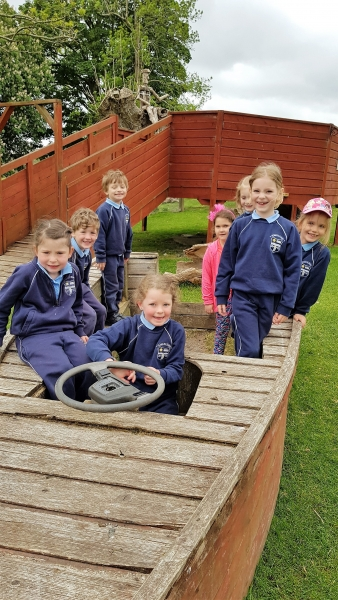 Junior Infants School Tour May 2017 Kennedys (2)-min