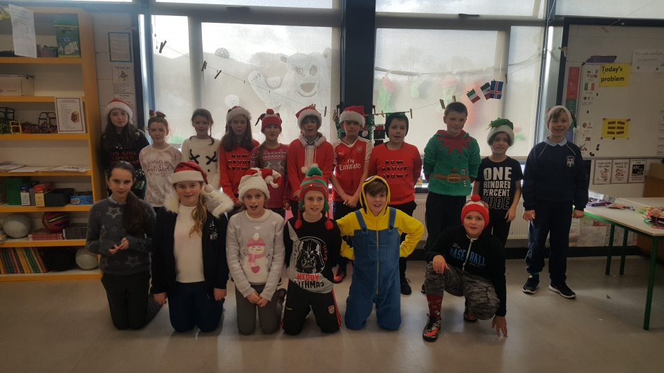 Christmas Jumpers 2016 (15)