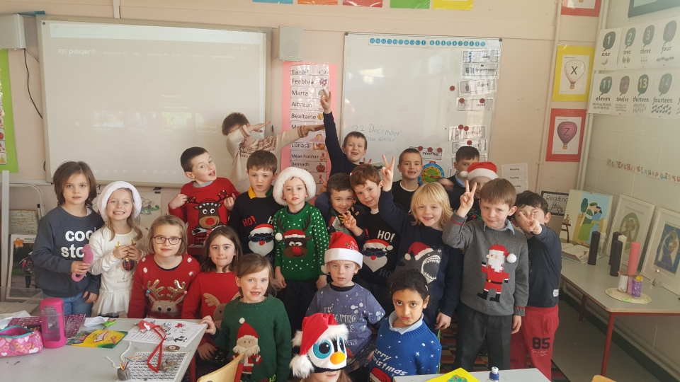 Christmas Jumpers 2016 (9)
