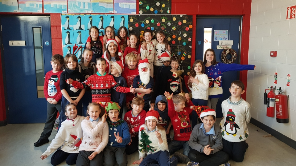 Christmas Jumpers 2017 (19)